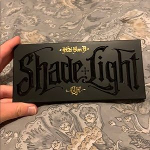 Kat Von D shade and light eye Pallete